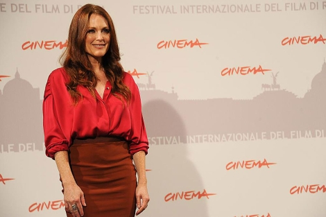 La actriz estadounidense Julianne Moore en la presentación de 'The kids are all right' en Roma